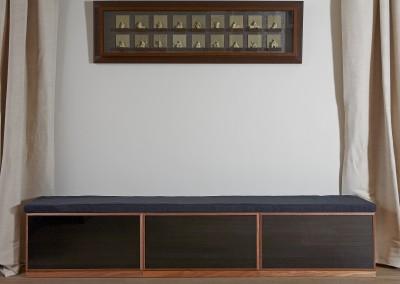 Noyer + tiroirs noirs