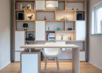 Bibliothèque + bureau en chêne blanchi